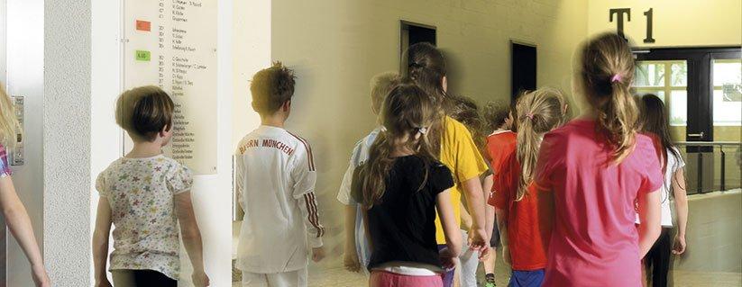 lestijdensignalering met een schoolbel of zoemer